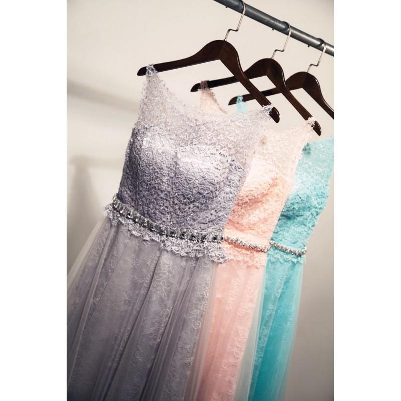 فستان اسود موديل طويل